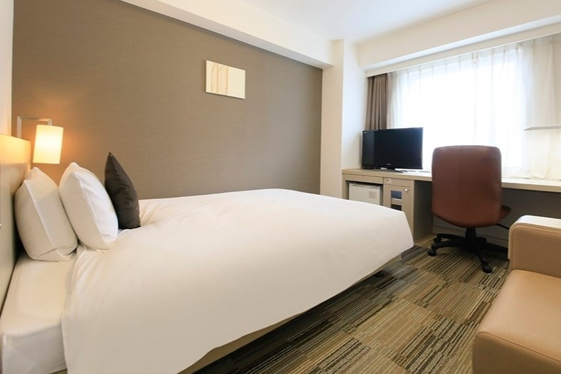 Standard Double Room   Room Size: 18.2㎡   Bed Size: 161 cm x 203 cm   Capacity: 2 persons  