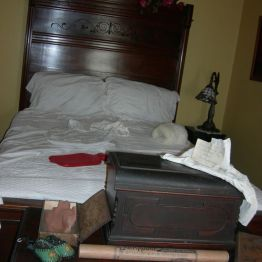 bed, Olive's rm