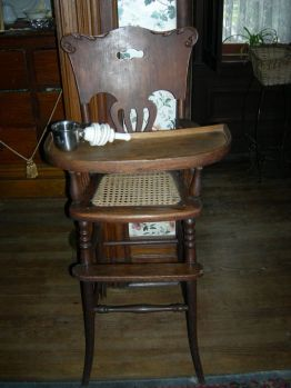 highchair, dining rm