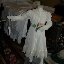 sm. dress on form, Olive's rm