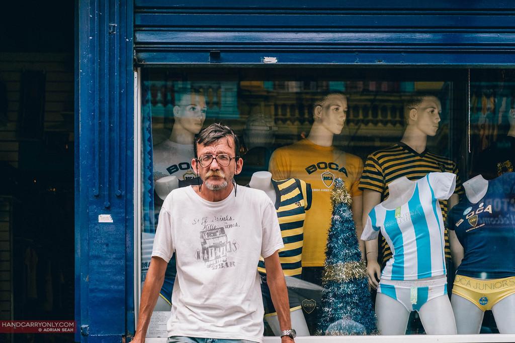 old man outside boca juniors shop