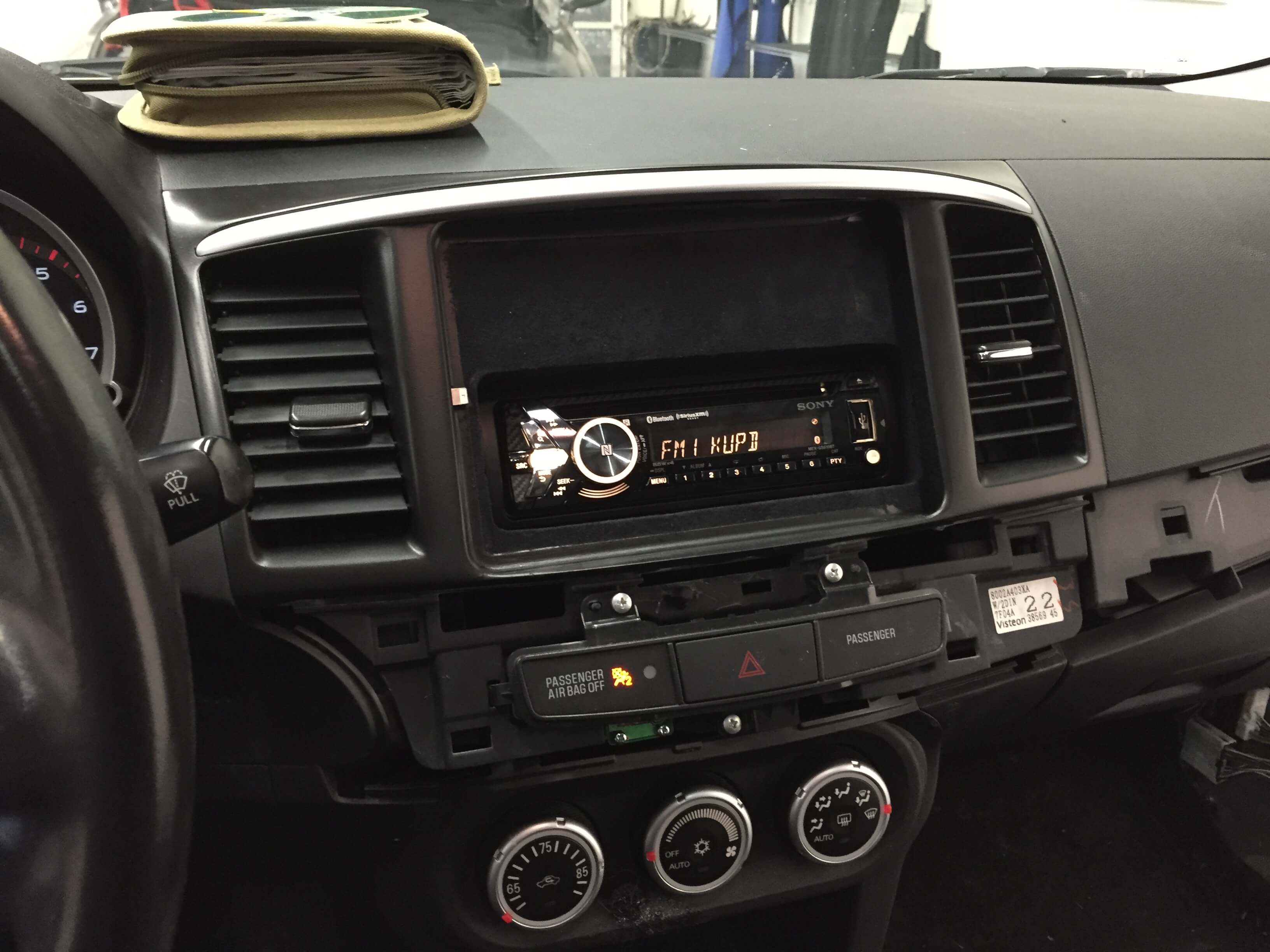 2008 Mitsubishi Lancer Gets An Ipad In The Dash And A Sound System Starter Location Install