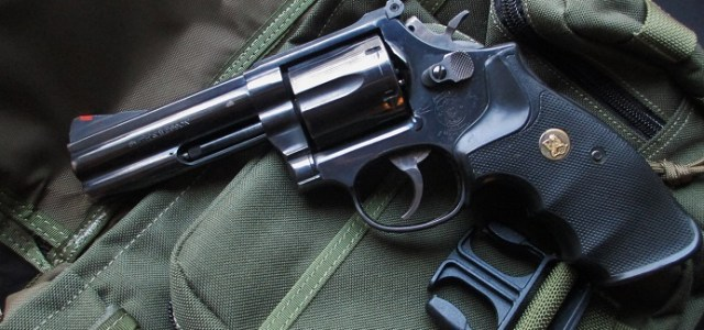 Kicking It Old School With The Smith And Wesson 586