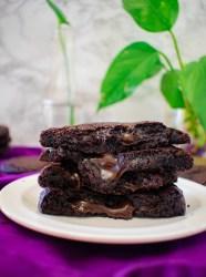 hot fudge chocolate lava cookies