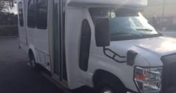 2010 Ford E350 Side Entry Wheelchair Full Size Van