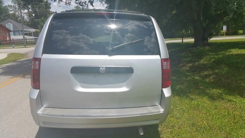 2008 Dodge Grand Caravan Side Entry Minivan full