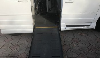 2010 Dodge Grand Caravan Braun Conversion