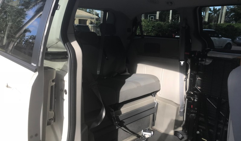 2010 Dodge Grand Caravan Braun Conversion full
