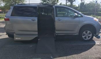 2016 Toyota Sienna VMI Side Entry Wherlchair Van