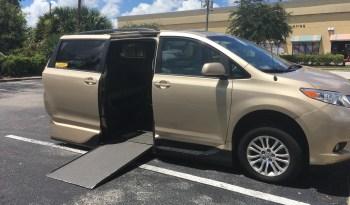 2014 Toyota Sienna Side Entry Wheelchair Van