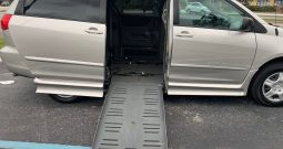 2008 Toyota Sienna Side Entry Wheelchair Van