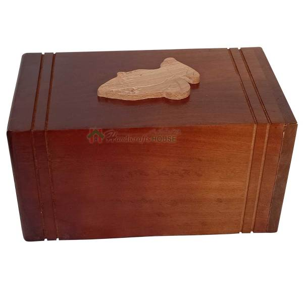 100% handmade wooden urn for human or pet ashes is a truely beautiful handmaded by Handicrafts House's skilled artisans is durable, solid and affordable. Unique funeral Gift for the loss of yours beloved one