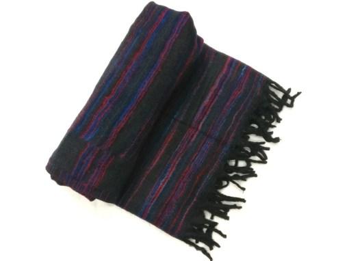 hand-loomed-yak-wool-blanket-black-color-1