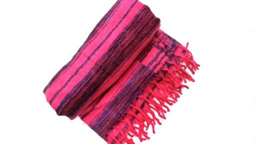 hand-loomed-yak-wool-blanket-pink-color-1