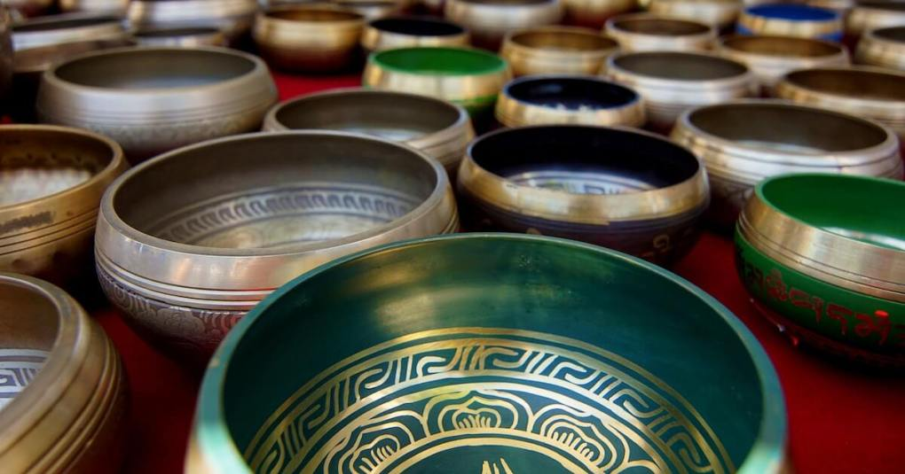 5 Things to Know Before Choosing a Right Singing Bowl 2