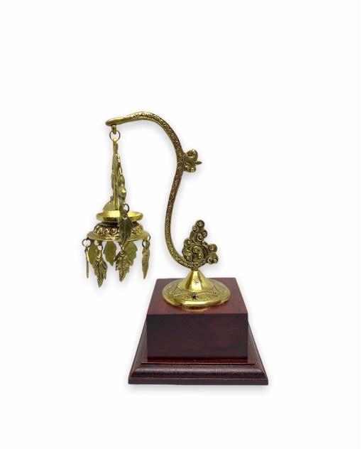 Hanging Panas Gift Stand