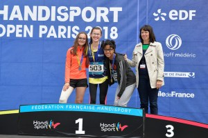 lisa sur le podium