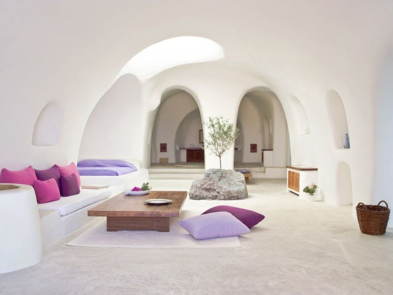 Future Travel: Santorini, Greece - Holiday on Hand Luggage Only (6)