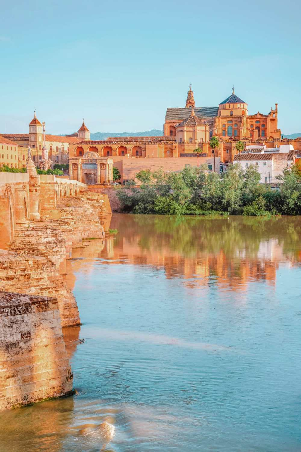 Best Cities In Spain To Visit (14)