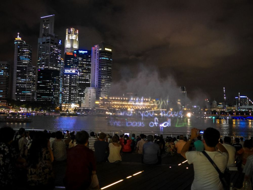 "Fire, Water and Light - The ""Wonder Full"" Spectacular on the Marina Bay, Singapore (3)"