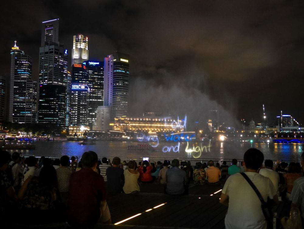 "Fire, Water and Light - The ""Wonder Full"" Spectacular on the Marina Bay, Singapore (4)"