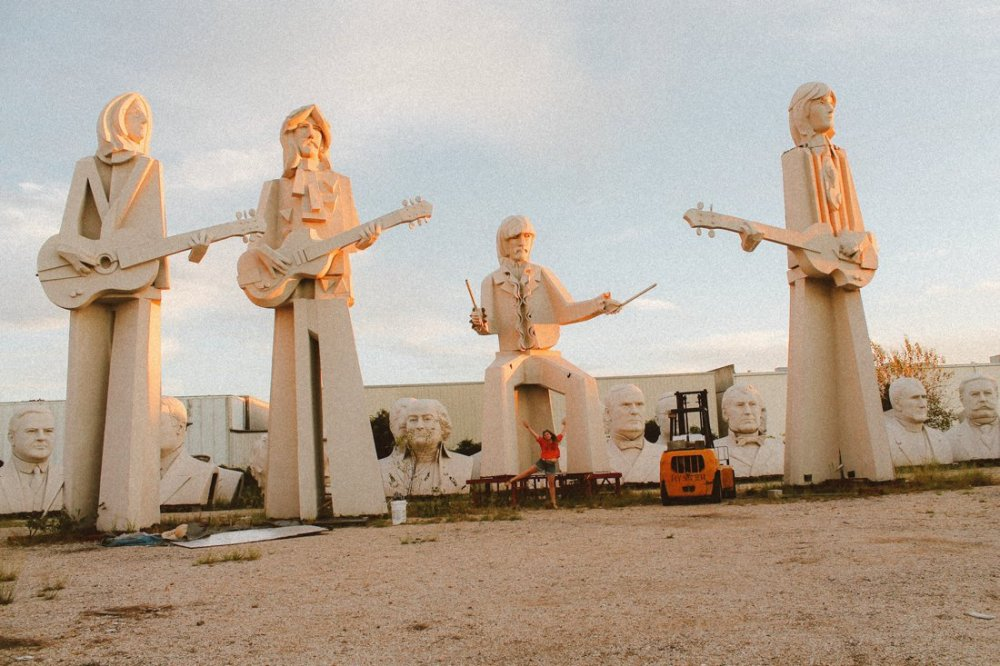 Pit stop in Houston, Texas? Go check out the giant Beatles and US Presidents! (2)