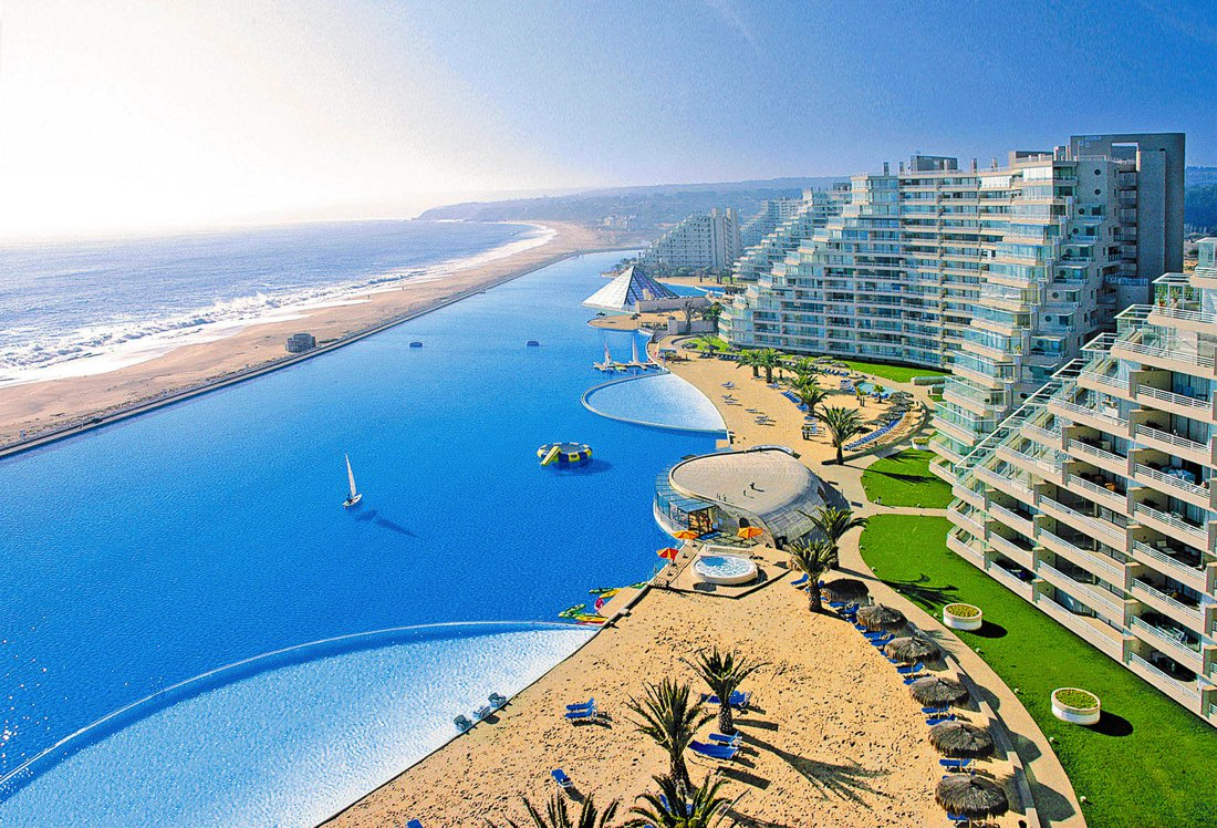 The World's Largest Swimming Pool - San Alfonso del Mar, Chile (1)
