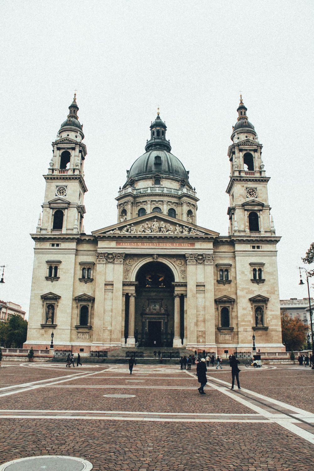 Exploring Budapest In The Day! (6)