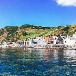 Beautiful Villages To Visit In Britain (33)