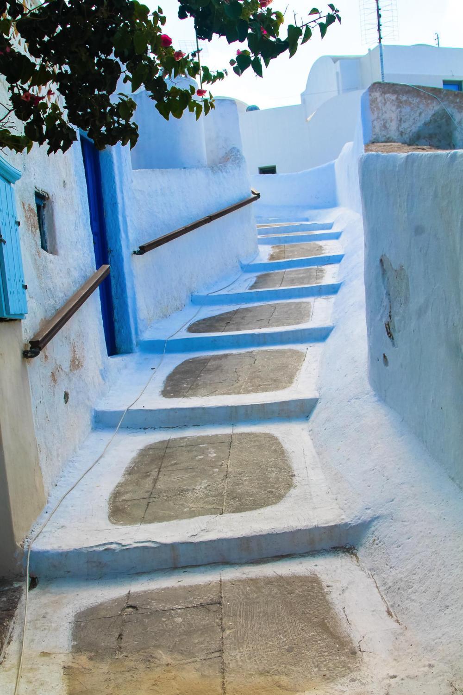 Going Off The Beaten Track in Santorini... (6)