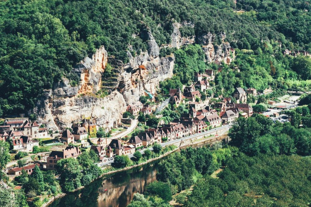 The 25 Most Beautiful Villages To Spend A Weekend In France! (9)