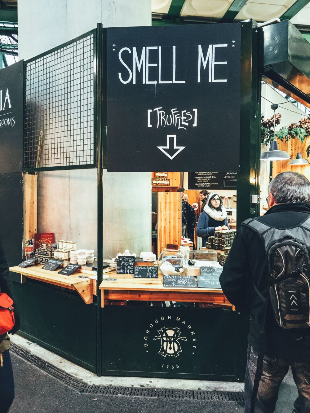 Hog Rolls and Hot Cider in Borough Market, London (10)