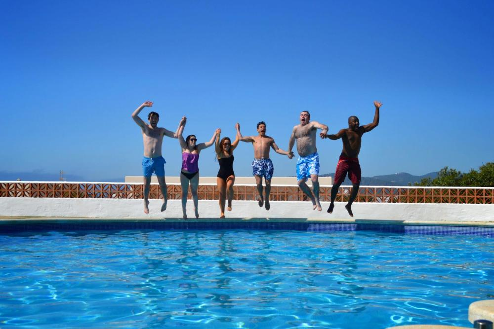 Sunshine, Sangria, Pool Diving, Friends, Fun in Ibiza, Spain on Holiday (14)