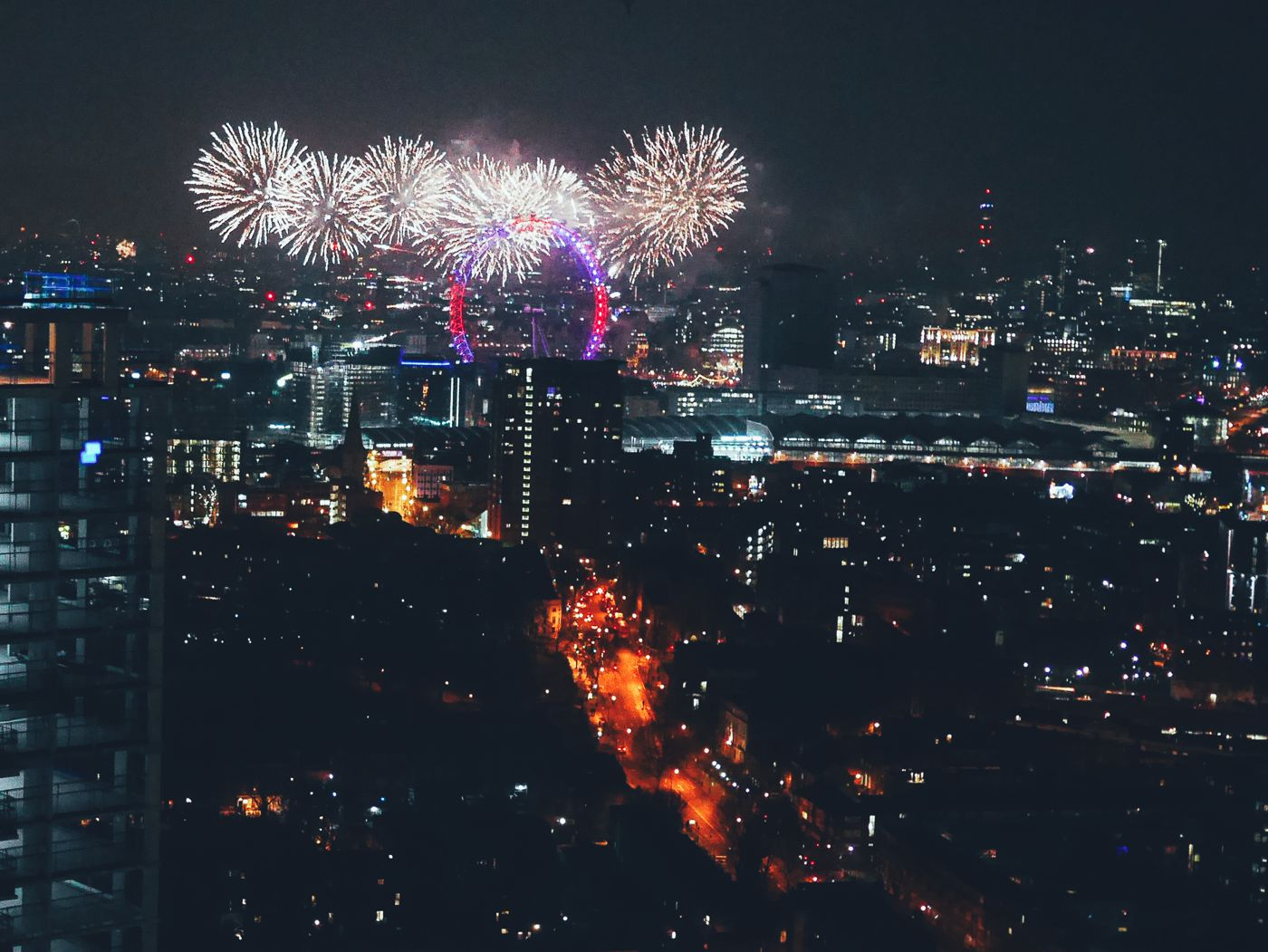 Sneak Peak Of My New Flat + New Year's Eve Celebrations In London With Friends! (19)