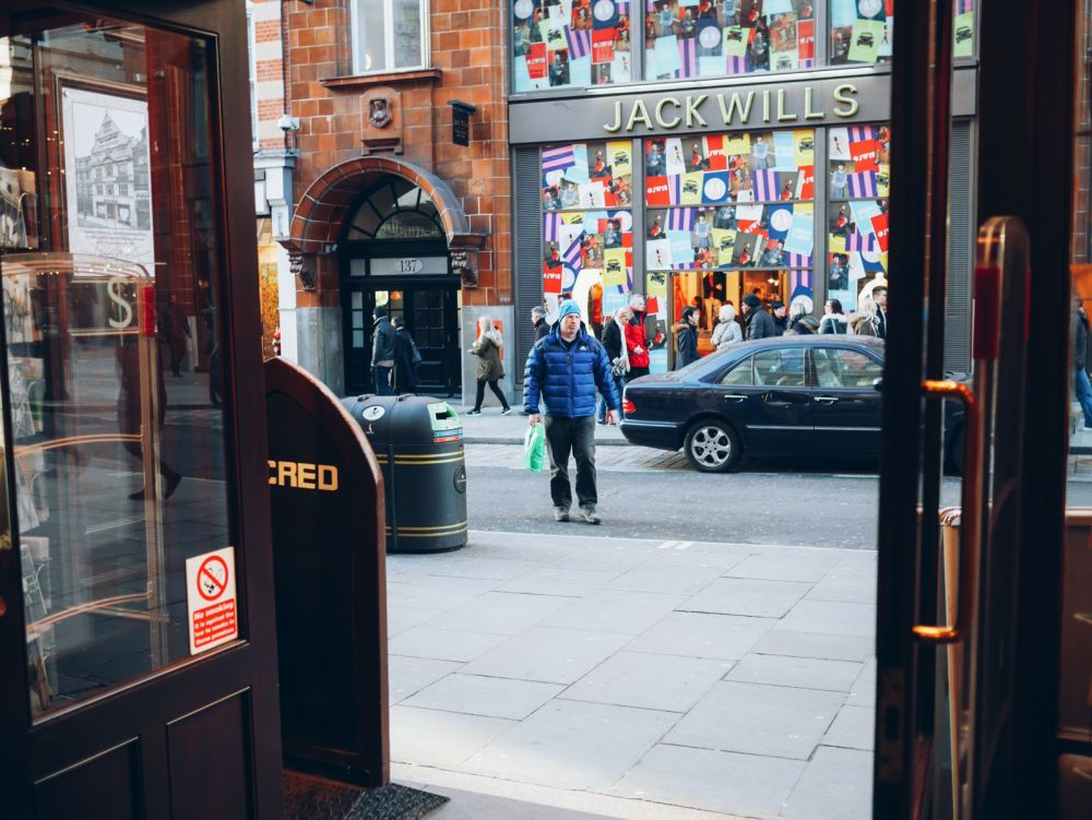 An Afternoon Jaunt Exploring London... Plus The Best Burgers In Town! (5)