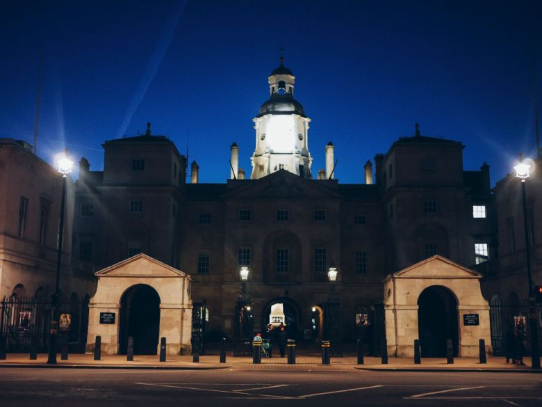 An Afternoon Jaunt Exploring London... Plus The Best Burgers In Town! (42)