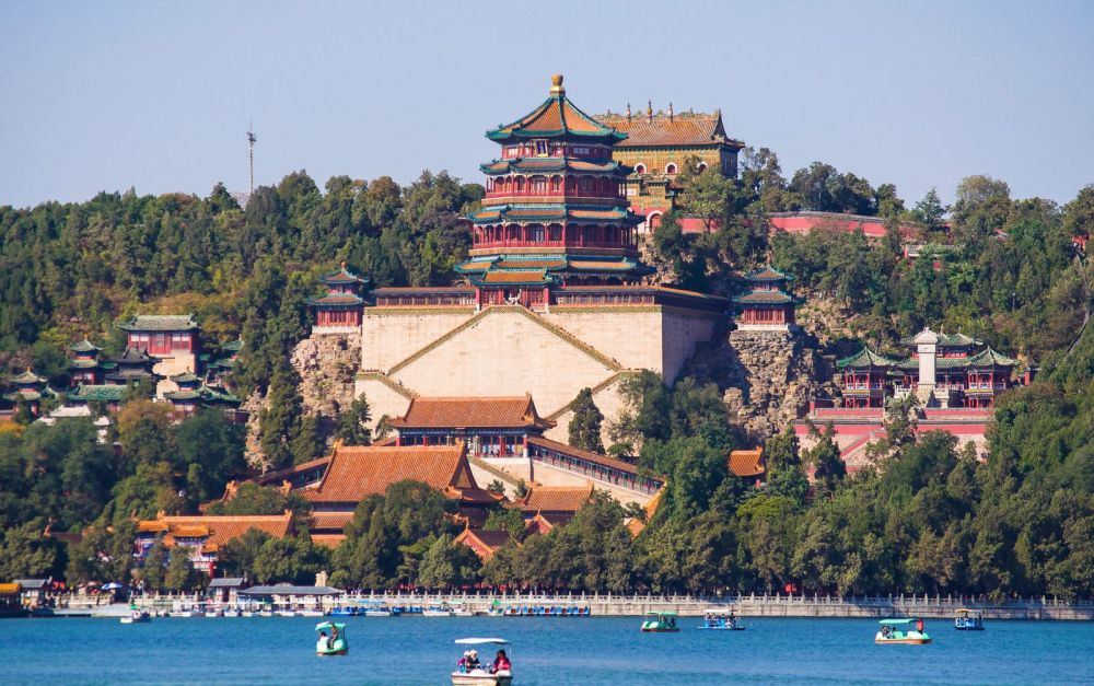 11 Amazing Royal Palaces Across The World You Have To Visit! (7) Summer Palace China