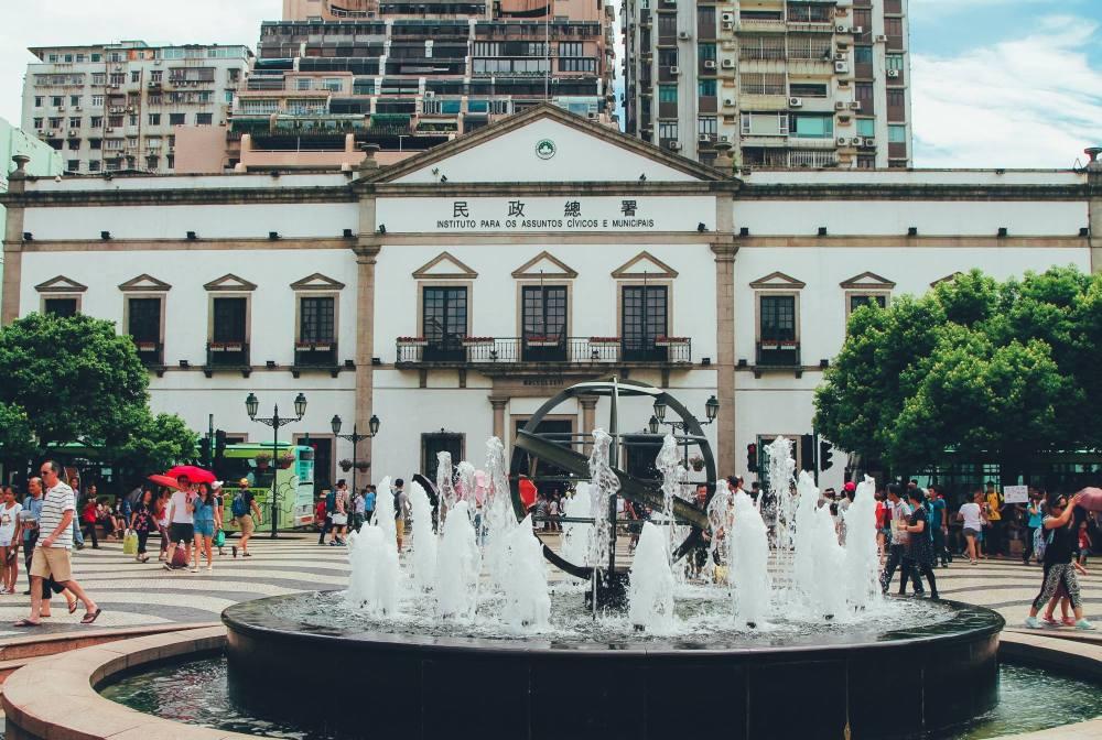 What Happens On An Impromptu Trip To Macau! (2)