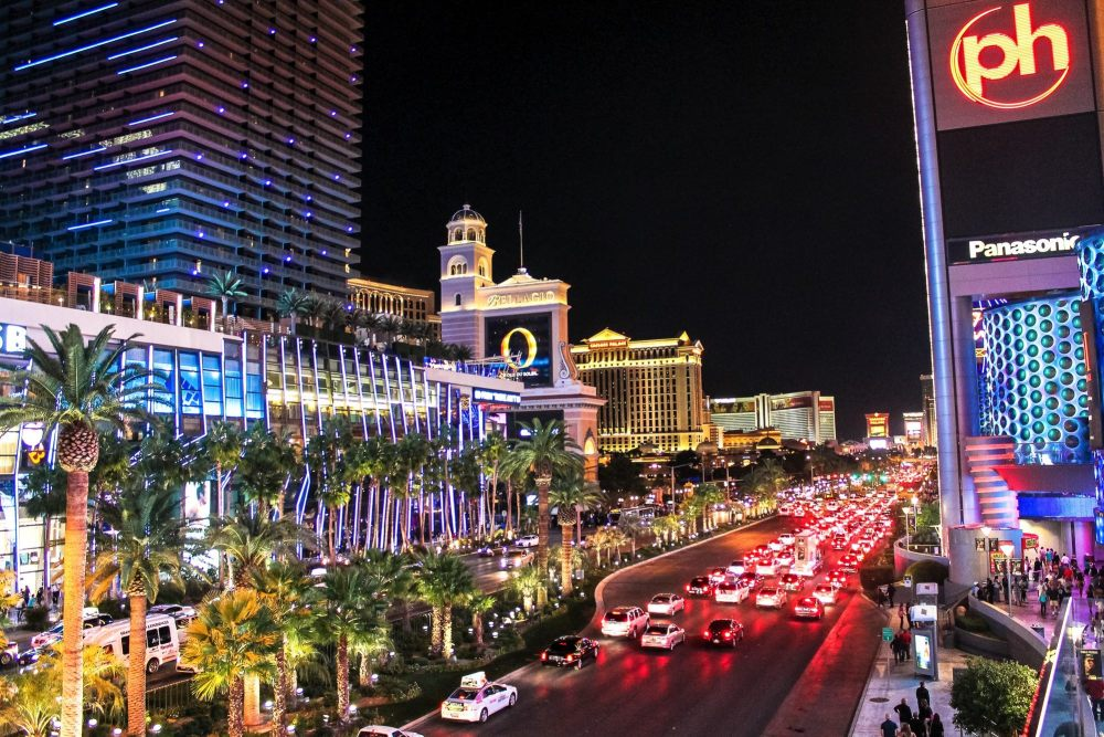 11 Reasons Why You Need To Go To Las Vegas On Holidays! (4)