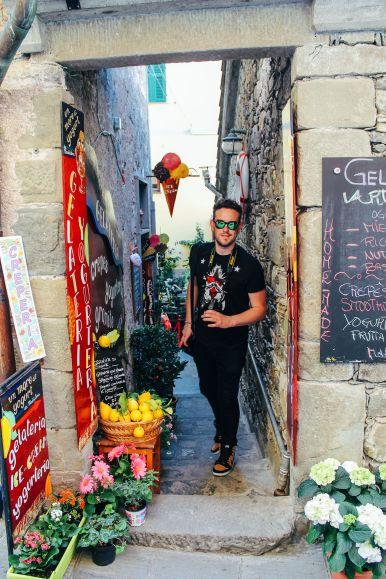 Corniglia in Cinque Terre, Italy - The Photo Diary! [3 of 5] (15)