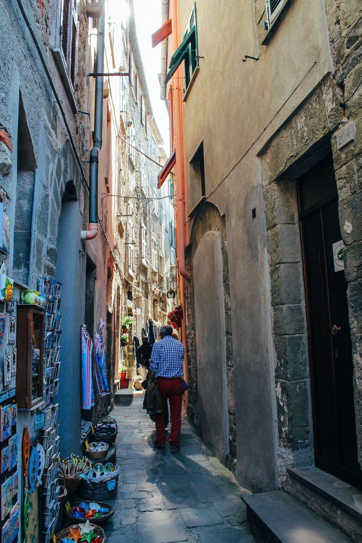 Corniglia in Cinque Terre, Italy - The Photo Diary! [3 of 5] (2)