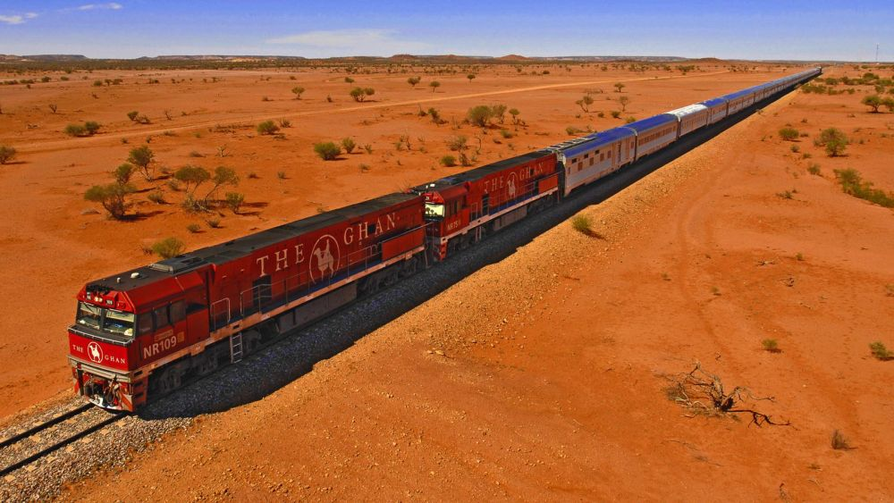The 15 Most Beautiful Train Journeys Across The World You Have To Travel On! (39)