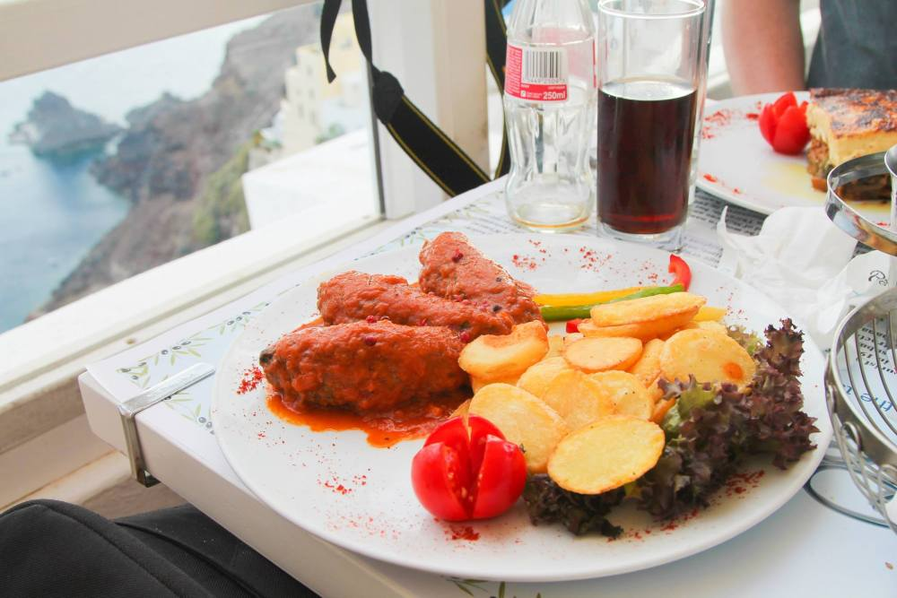 Delicious Foods You Have To Eat In Santorini, Greece... (9)