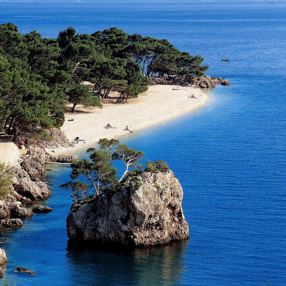 11 European Beaches You Need To Visit This Summer! (12)