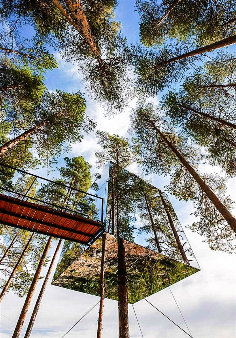10 Gloriously Quirky Tree Houses To Visit This Year! (18)