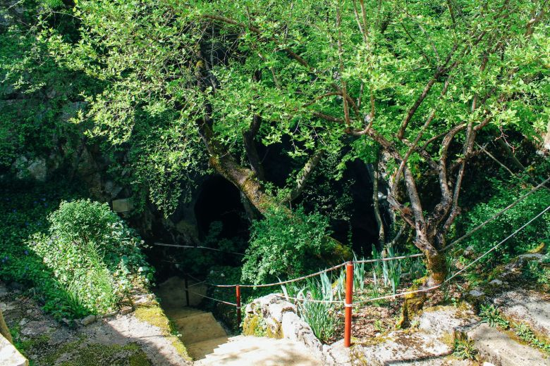 Cave Exploring, Frog Legs and The Old Town Of Sinj In Croatia... (8)