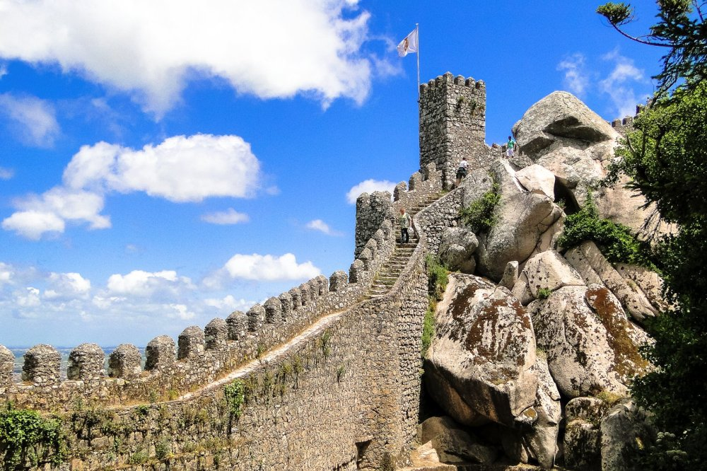 8 Reasons Why You Have To Visit Sintra In Portugal! (3)