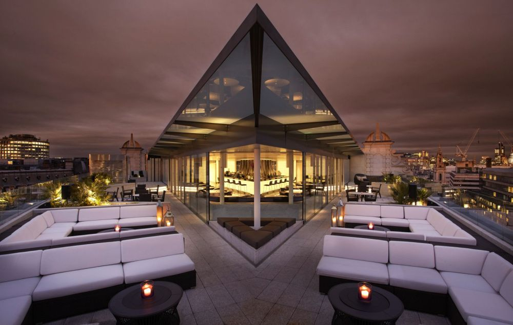 Want To Stay Luxury In London? You Must Try here! (14)