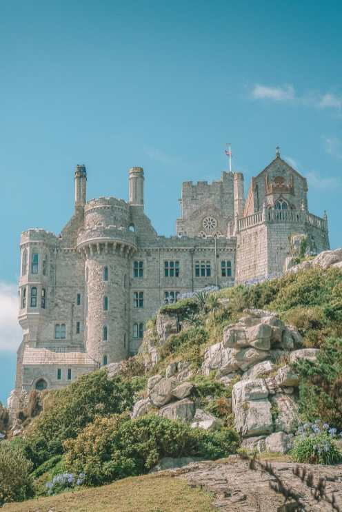 7 Best Manors And Castles In Cornwall To Visit (8)