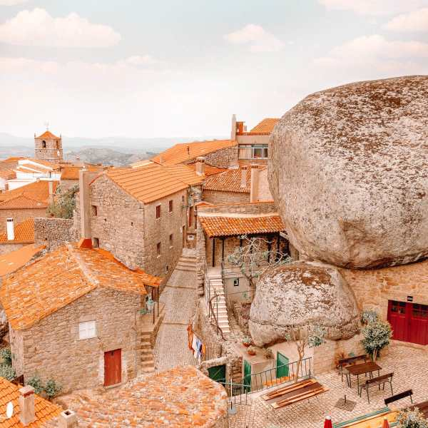 Quaint Places To See In Portugal (3)